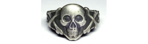 German Rings with skull